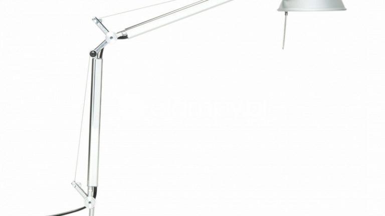 Czym wyróżnia się dobra lampka na biurko?